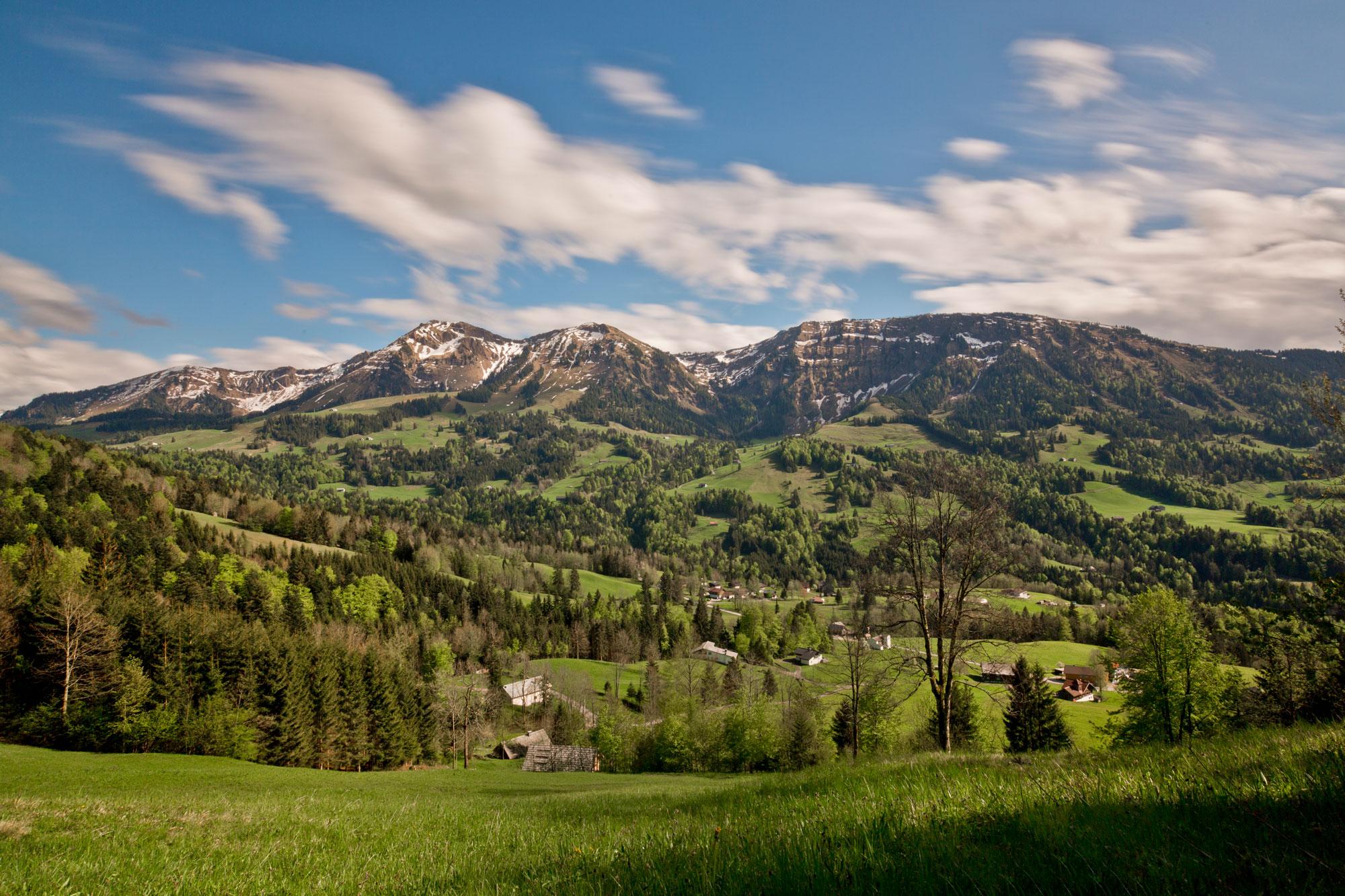 Egg-Mountains